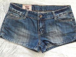 Tribal Stitch Pocket Denim Shorts